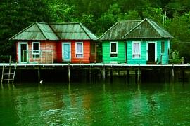 sheds-977672__180