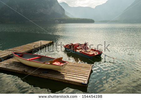stock-photo-austrian-lakeside-village-of-hallstatt-a-unesco-world-heritage-site-154454198