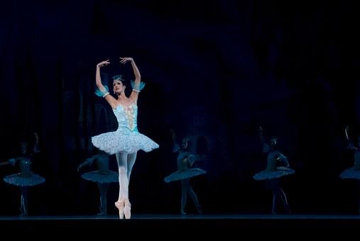 ballet-534357__340